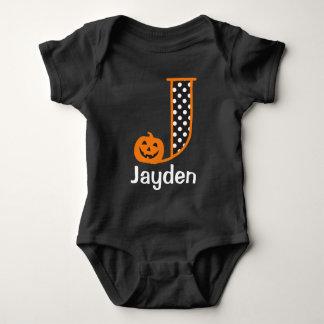 Monogram initialt J för pumpa för Halloween Tee Shirts