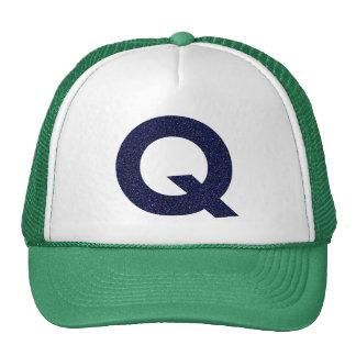 Monogramhatt, huvudstad Q med Fauxglitter Keps