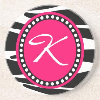 Monogrammed initialt för shock rosasebra (ta underlägg sandsten