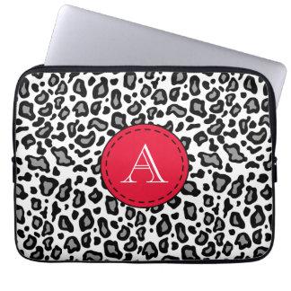 Monogrammed vitLeopardlaptop sleeve Laptopskydd Fodral