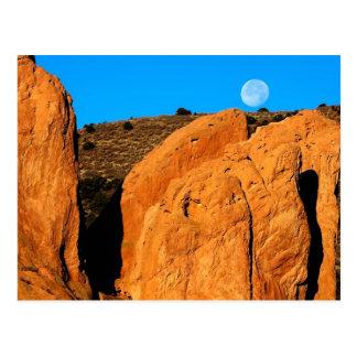 Monolit under månen vykort