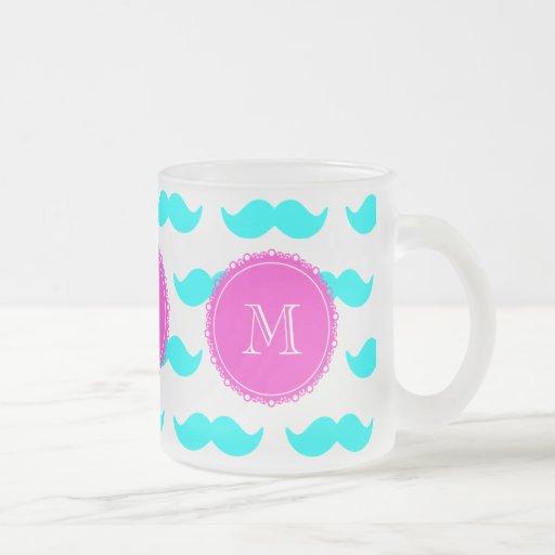Mönster för Aquablåttmustasch, shock rosaMonogram Kaffe Koppar