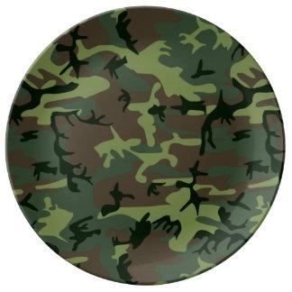 Mönster för brunt för kamouflageCamo grönt Porslinstallrik