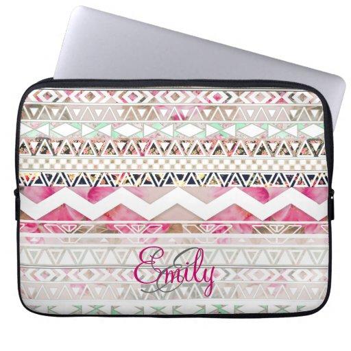 Mönster för flickaktigt rosa vit för Monogram blom Laptopskydd Fodral