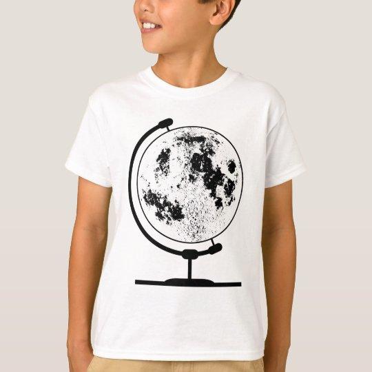 Monterat Lunar jordklot på den roterande Tee Shirt