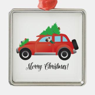 Mops som överst kör bilen med julgranen julgransprydnad metall