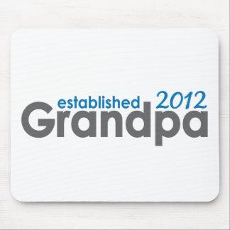 Morfar etablerad 2012 musmatta