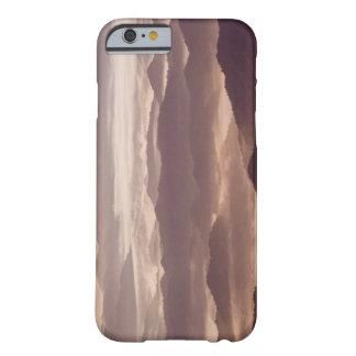 Morgondimma i den sydliga appalachianen barely there iPhone 6 fodral