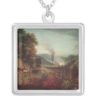 Morgonen beskådar av Coalbrookdale, 1777 Silverpläterat Halsband