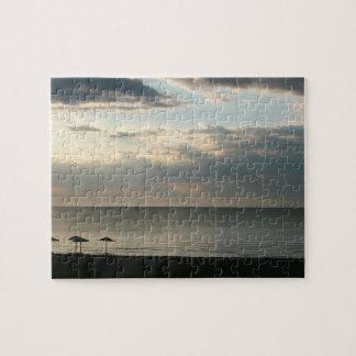 Morgonhimmel över grekisk strandfotografi pussel