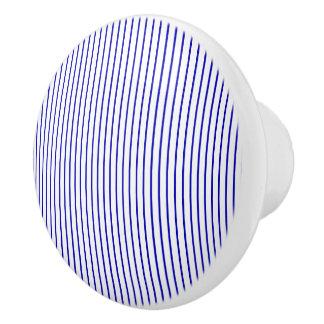 Mörk - blåttvitstreck knopp