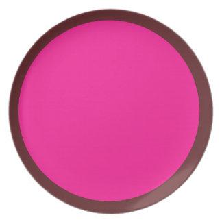 Mörk Cranberry och djupt - rosor pläterar Tallrik