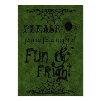 Mörk - gröna Halloween inbjudningar