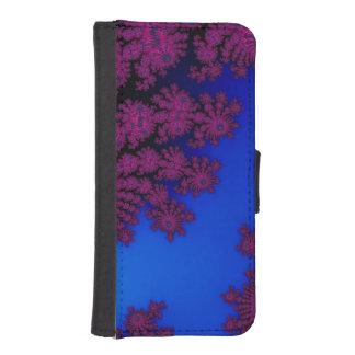Mörk rosa ros på kungliga blått iPhone SE/5/5s plånboksfodral
