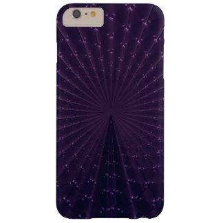 Mörka purpurfärgade Fractalpåfågelfjädrar Barely There iPhone 6 Plus Fodral