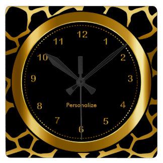 Mörkt guld- och svartgiraffmönstertryck fyrkantig klocka