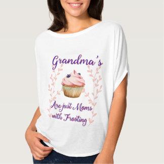 Mormor glasyr på kakatypografi tee