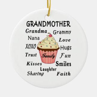 Mormor muffins för farmödrar julgransprydnad keramik