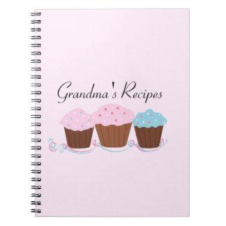 Mormor recept - frostad muffins anteckningsbok med spiral