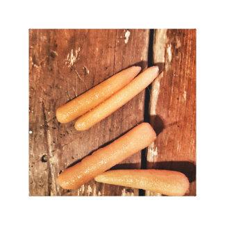 Morötter på bord canvastryck