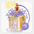 Mors dagkärlek av mammaparfymflaskan fyrkantigt klistermärke