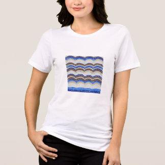 Mosaiska kvinna för blått kopplade av färdiga tee shirt