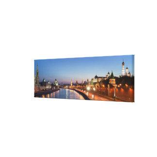Moscow flod på skymningen canvastryck