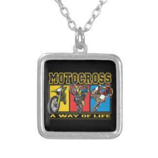 Motocross en livsföring silverpläterat halsband