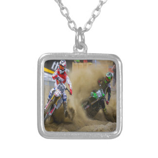 Motocross Halsband Med Fyrkantigt Hängsmycke