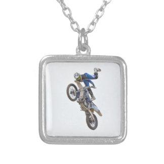 Motocrossytterlighettrick Halsband Med Fyrkantigt Hängsmycke