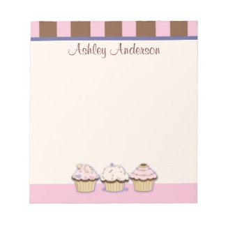 Muffins och personlig anteckningsblock för randar
