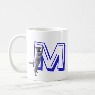 Mugg - brev M med katten och namn