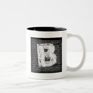 Mugg för brev B