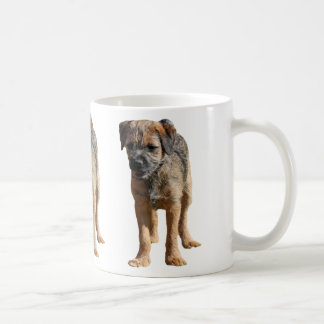 Mugg för hund för gränsterriervalp, närvarande idé
