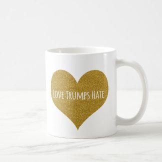 Mugg för kaffe för glitter för kärlektrumfhat