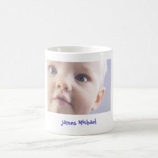 Mugg för kaffe för personligbabyfoto