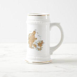 Mugg för karta för Danmark flagga~