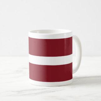 Mugg för Lettland flaggakaffe