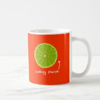 """mugg för limefrukt """"för tittar sharpe"""" för novelty"""