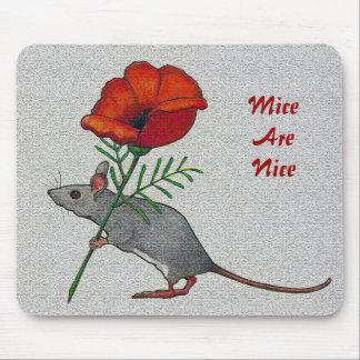 Mus som bär på blomman: Möss är trevliga: Färg rit Musmatta