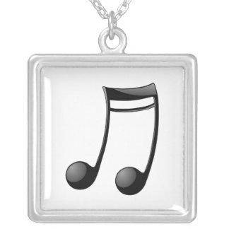 Musikalen noterar silverpläterat halsband