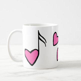 Musikalisk hjärta noterar kaffemugg