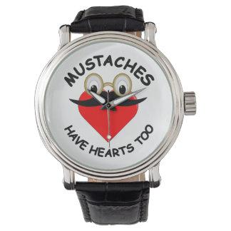 Mustascher har hjärtor för armbandsur