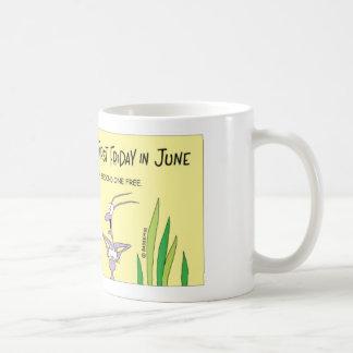 Myran tycker om medborgaremunkdag kaffemugg