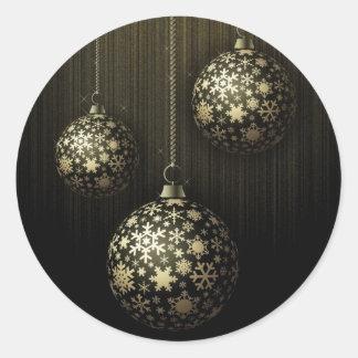Mystisk jul - guld- Snowflakeprydnadar Runt Klistermärke