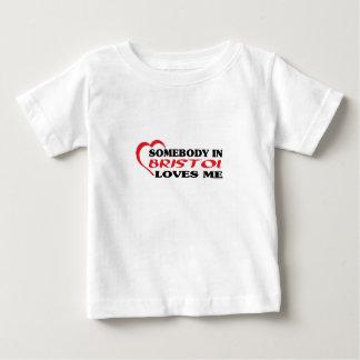 Någon i Bristol älskar mig T-shirt