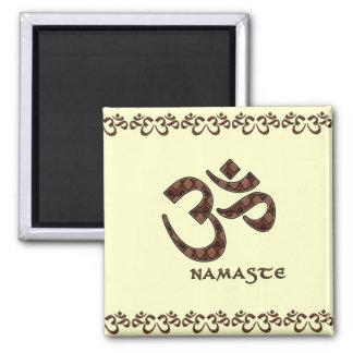Namaste med Om-symbolbrunt och kräm Kylskåpsnagnet