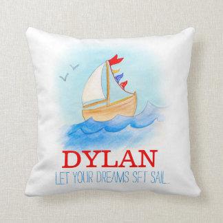 Namn för segelbåten för personligpojkebarnkammare kuddar