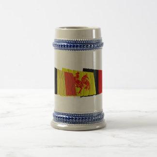 Namur som vinkar flaggorTrio Sejdel