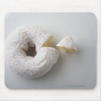 Närbild av en tårta musmatta